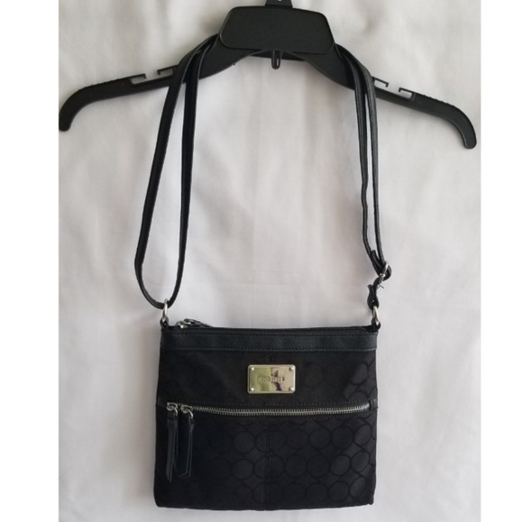 Nine West Handbags - Nine West Black Crossbody Purse